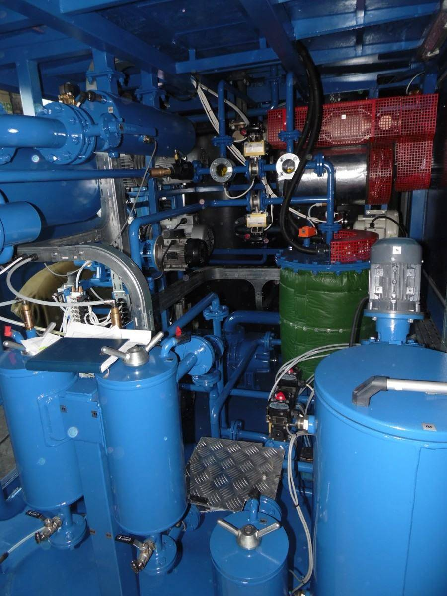 GlobeCore oil reclamation plant inside view The Use of Fuller's Earth in the Regeneration of Contaminated Transformer Oil Oil Regeneration machine Contemporary approaches to the regeneration of used