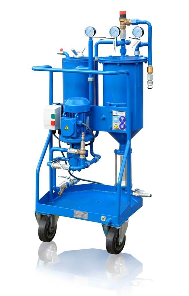 Oil filtration and pumping