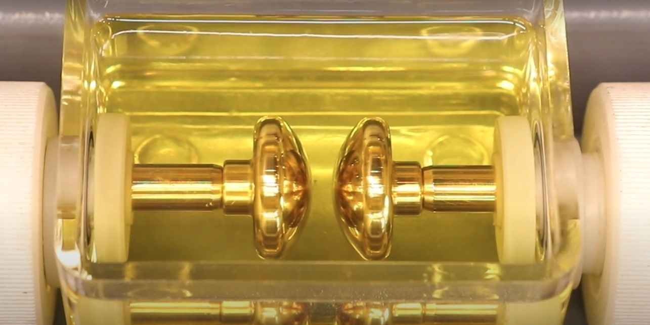 dielectric strength of transformer oil